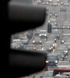 España, cuarto país con más coches por habitantes; ¿influye en la clase media?