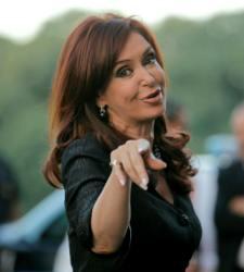 Kirchner-cristina-mano.jpg