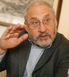 Stiglitz.JPG