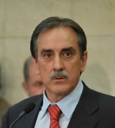 Valeriano-Gomez-frente.JPG
