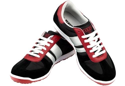 Paredes dyc 8 unas zapatillas que nos trasladan a los 80 for Zapatillas paredes anos 70
