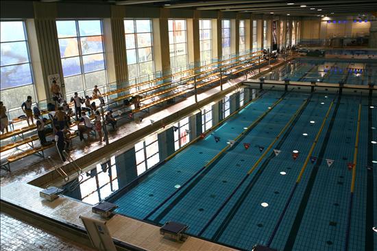 Las piscinas municipales cerrar n ma ana por huelga for Piscina municipal alcobendas