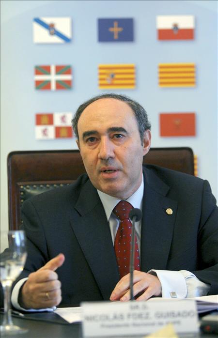 Nicolás Fernández Guisado, presidente de ANPE y el más eficaz defensor de los intereses docentes