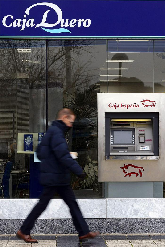 Jaume guardiola de banc sabadell augura el cierre de for Oficinas sabadell madrid