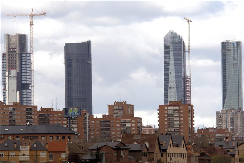 Adeslas instalar sus oficinas centrales de madrid en la torre de cristal - Oficinas de mutua madrilena ...