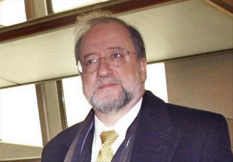 """El catedrático gallego Xosé Luis Barreiro Rivas ha ganado hoy el Premio Internacional de Ensayo Jovellanos por la obra """"La España evidente"""", en la que aboga ... - 20140226-5984579w"""