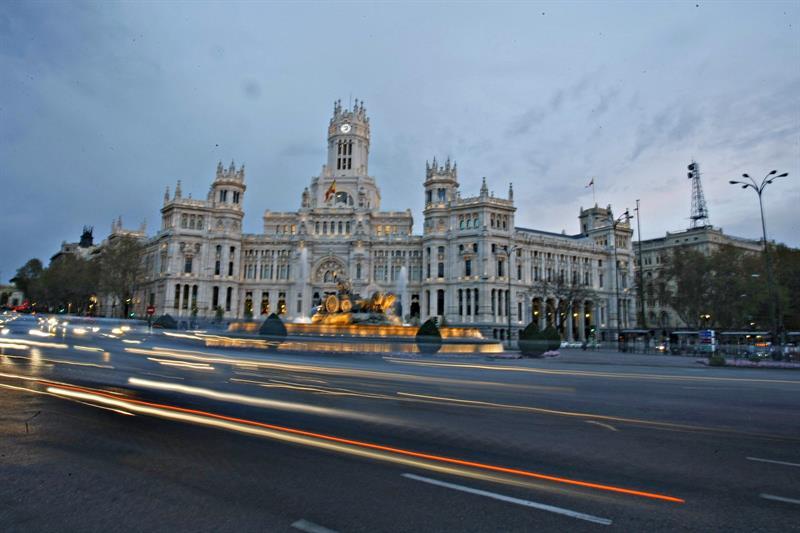 Cientos de trabajadores del Ayuntamiento de Madrid piden