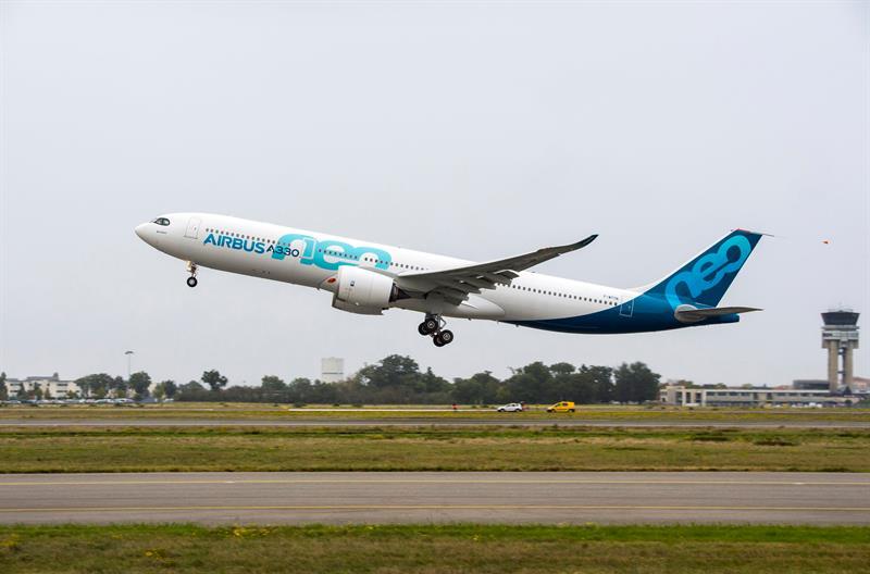 Airbus lanza un nuevo desafío a Boeing con el vuelo inaugural del A330neo